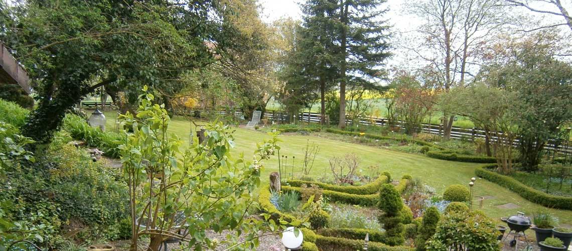 Gartenanlage: Ferienwohnung in Bad Gandersheim bei Klügers